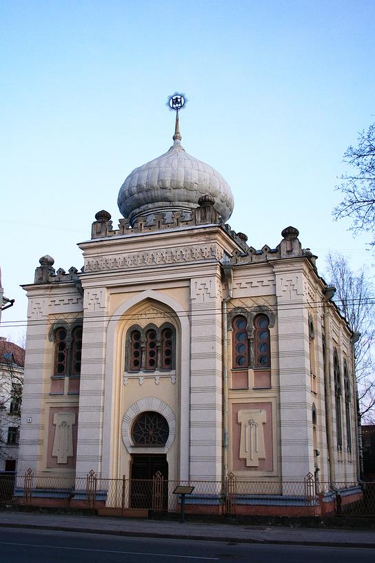 Kienesa, karaimski dom modlitwy wWilnie. Fot.za: Wikipedia